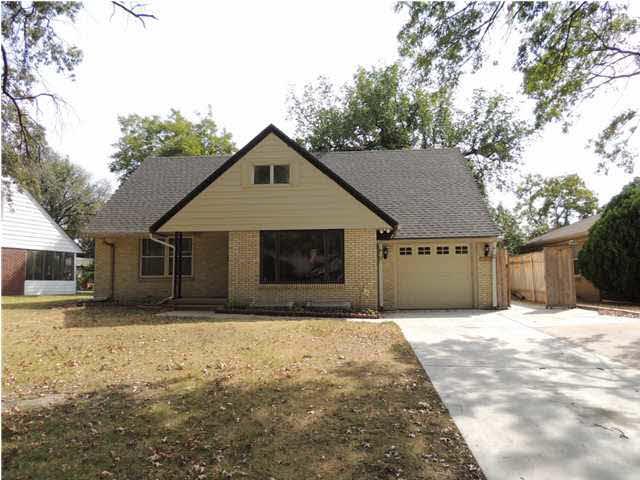 2817 E ALOMA ST, Wichita, KS 67211