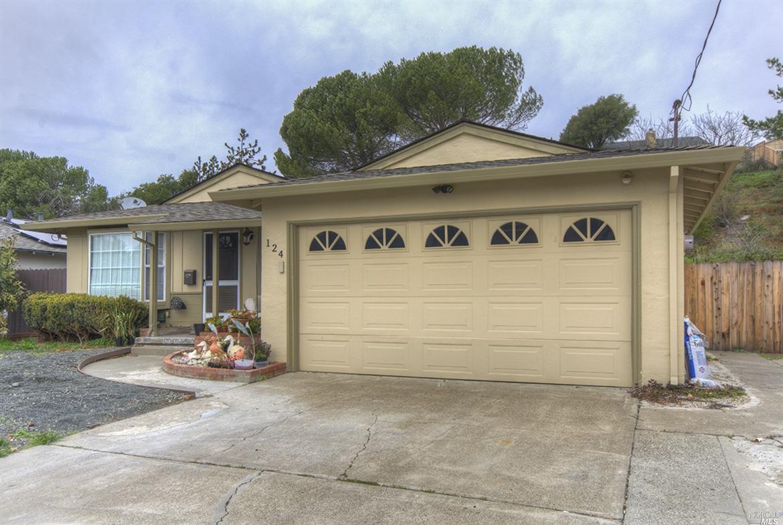 124 W Carolyn Drive, American Canyon, CA 94503