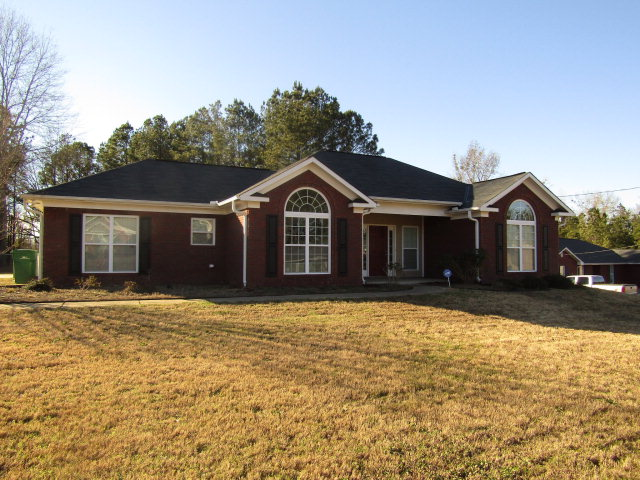 316 LEE RD 2000, Smiths Station, AL 36877