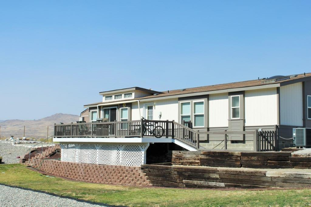 108 Alta Lake Rd, Pateros, WA 98846