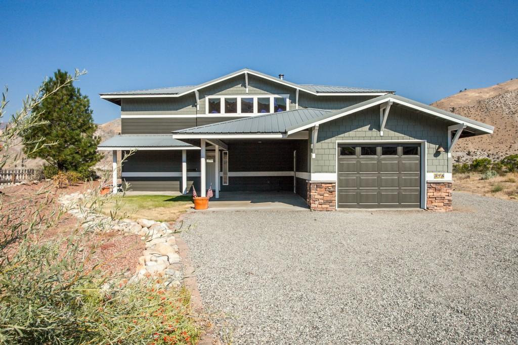 375 Lake Front Rd, Orondo, WA 98846