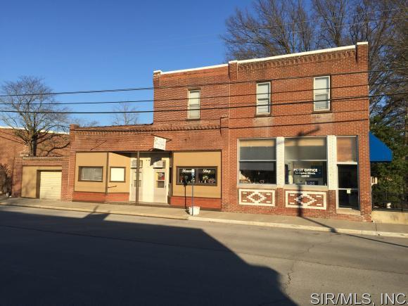 302 LIVINGSTON Avenue, Livingston, IL 62058