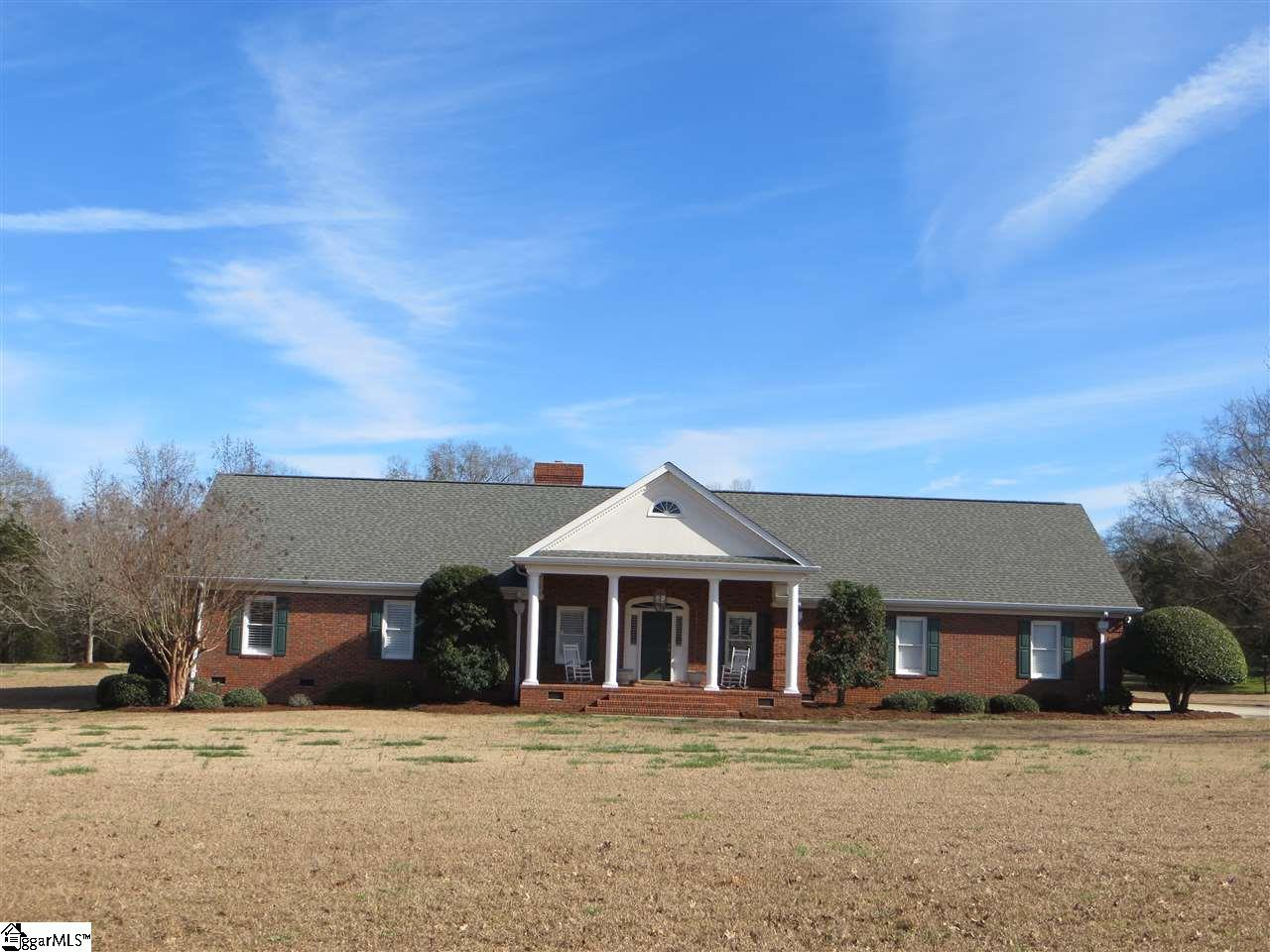 104 Hunt Club Drive, Simpsonville, SC 29680