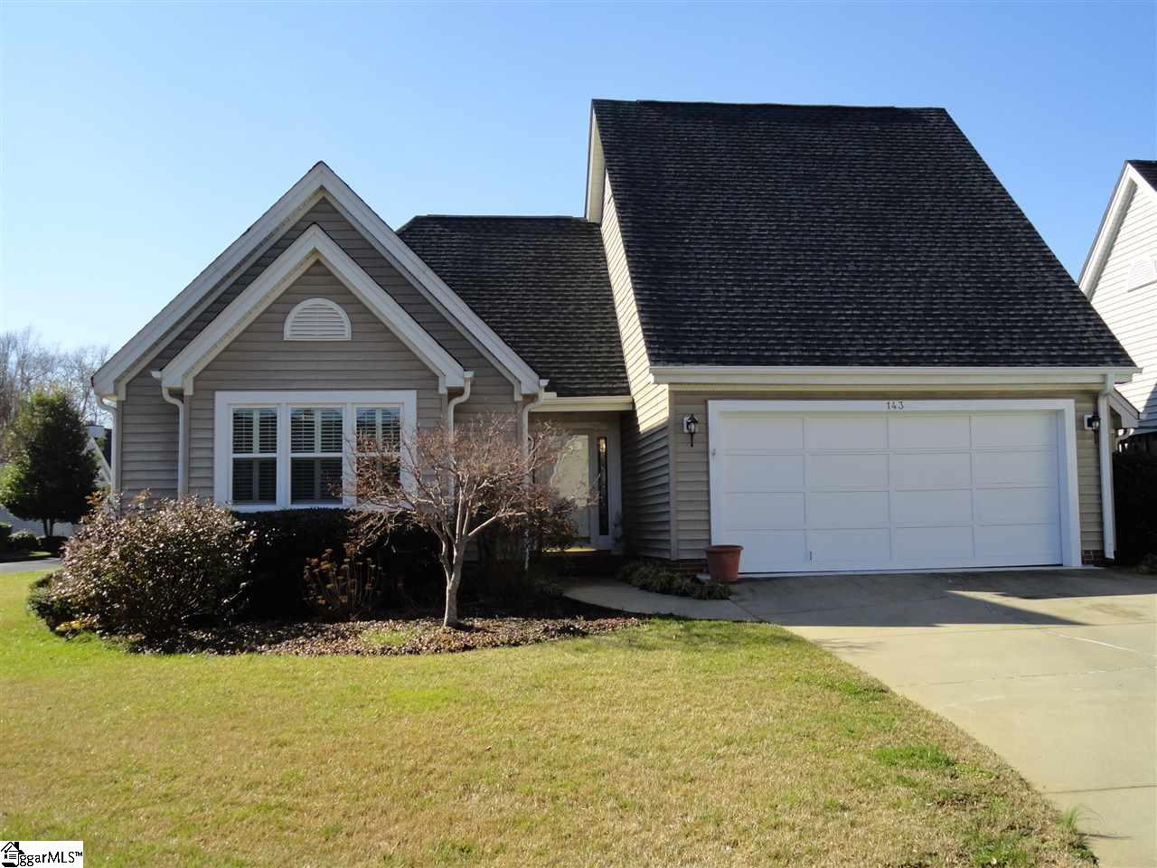 143 Forest Lake Drive, Simpsonville, SC 29681