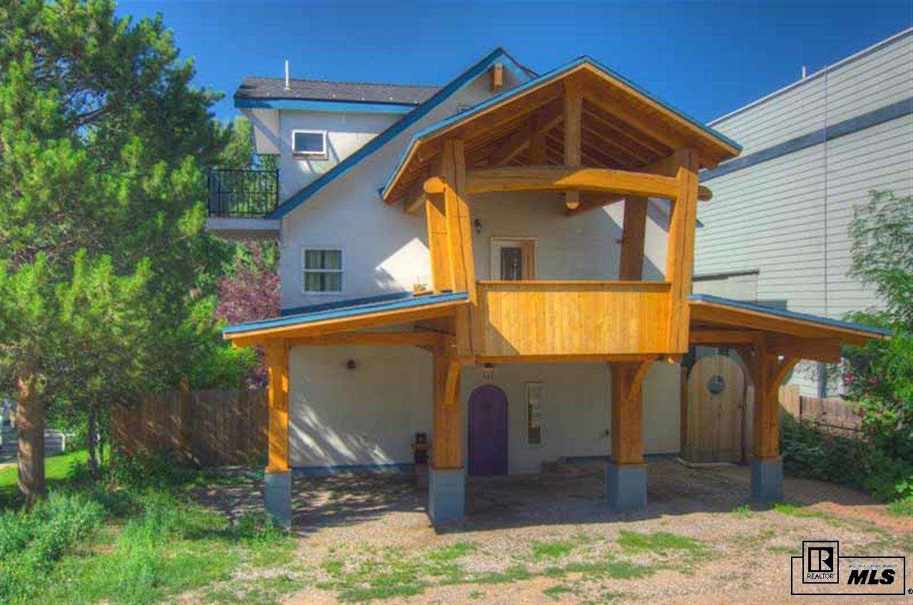 320 Oak St, Steamboat Springs, CO 80487