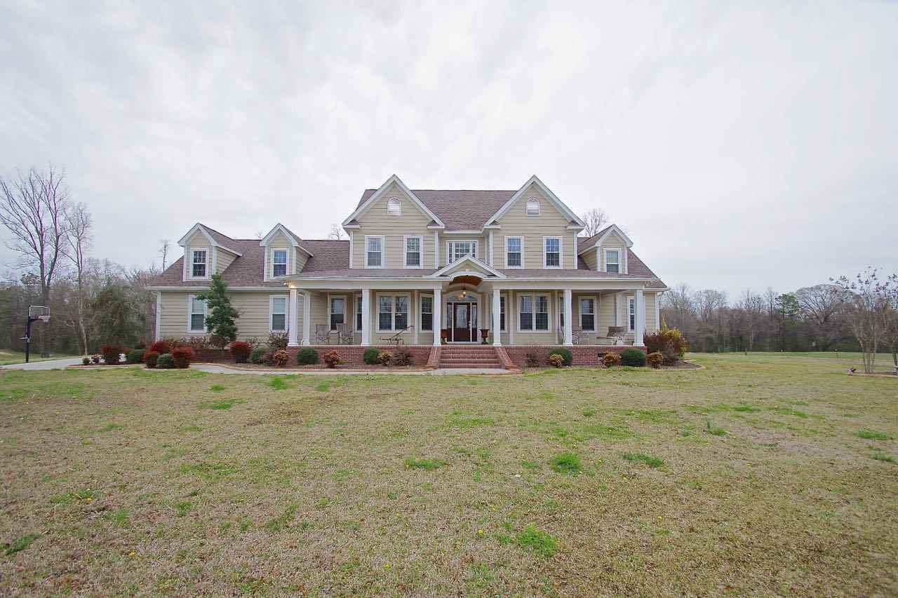 218 Richlands Loop Road, Richlands, NC 28574