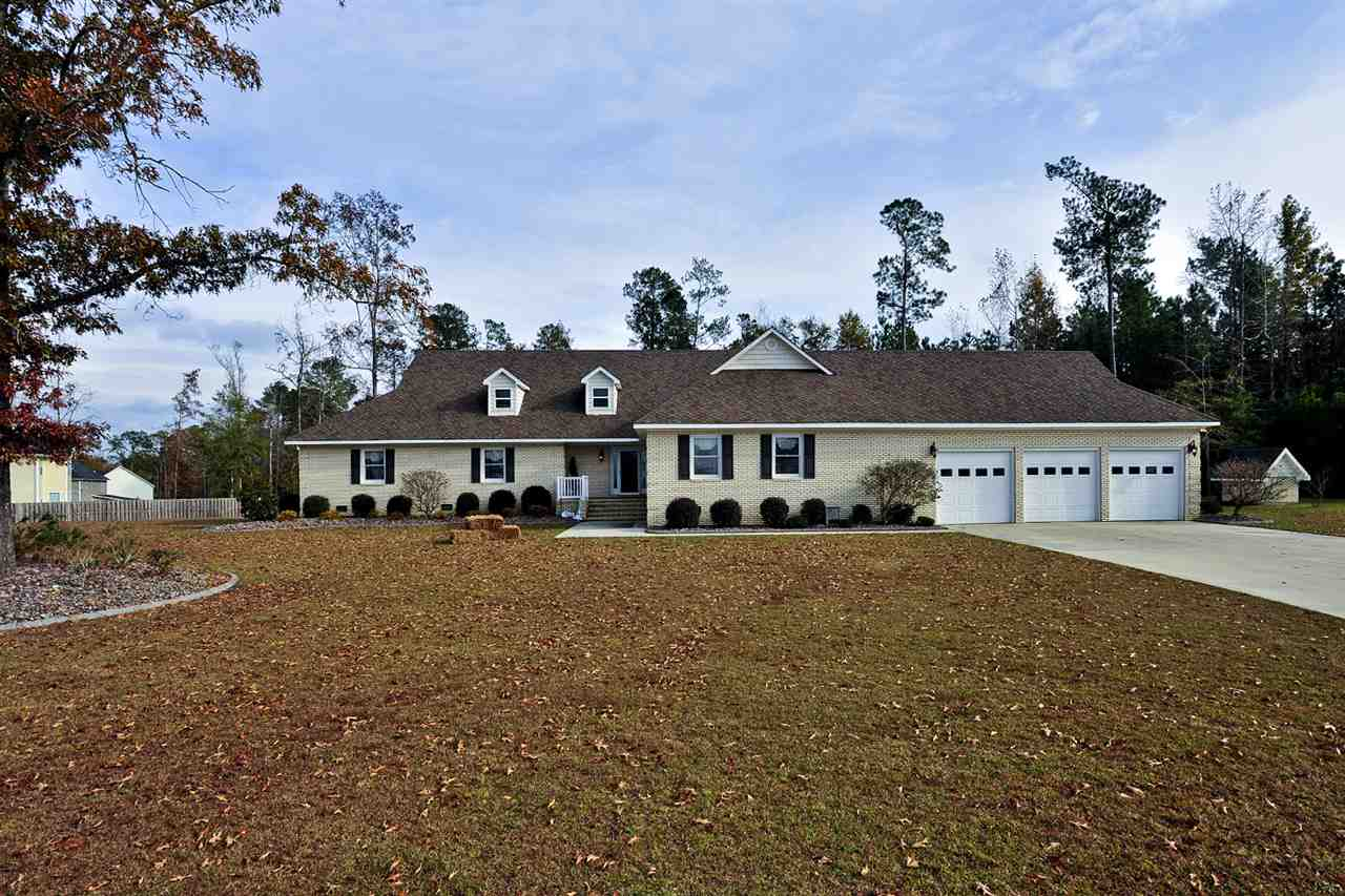 132 Farmington Drive, Richlands, NC 28574