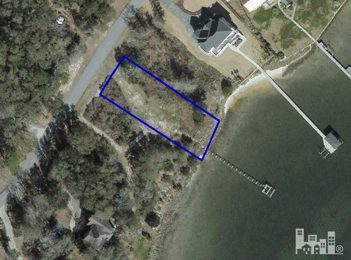 1013 CHADWICK SHORES Drive, Sneads Ferry, NC 28460