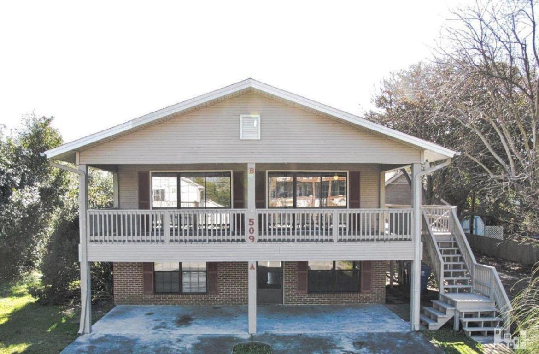 509 Spartanburg Avenue A & B, Carolina Beach, NC 28428