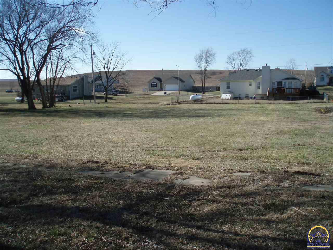 215 Pierce, Maple Hill, KS 66507