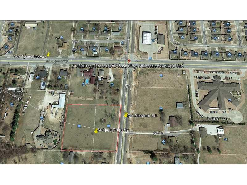 3722 Old Missouri Rd S, Springdale, AR 72764
