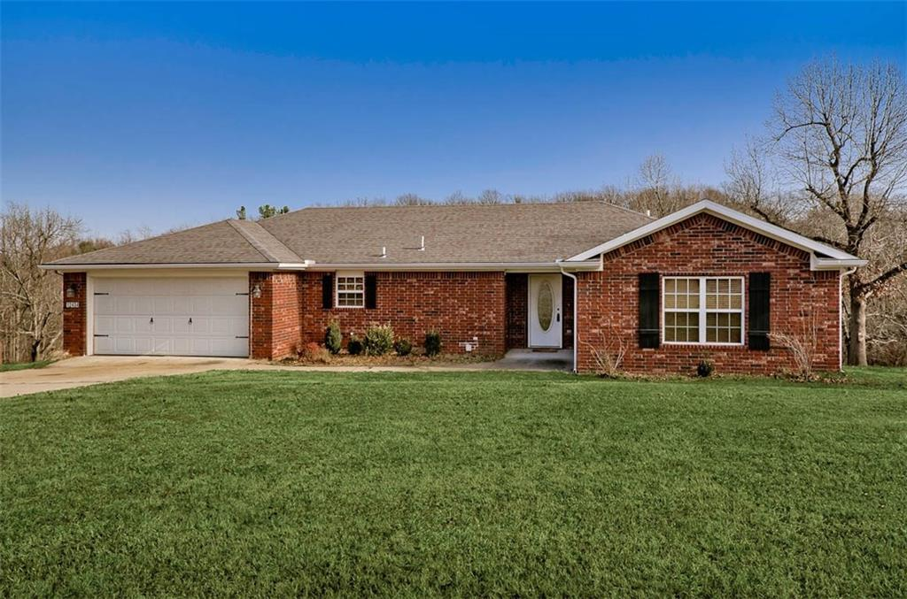 12434 Blueberry  LN , Lowell, AR 72745