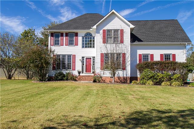 704 Twelve Oaks Rd, Tullahoma, TN 37388