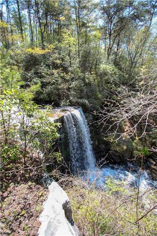 51 Monteagle Falls Rd, Monteagle, TN 37356