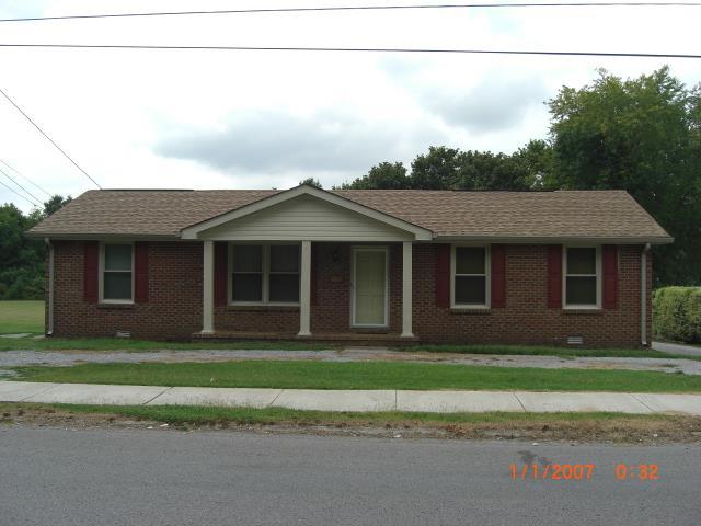 102 Grapevine Rd, Hendersonville, TN 37075