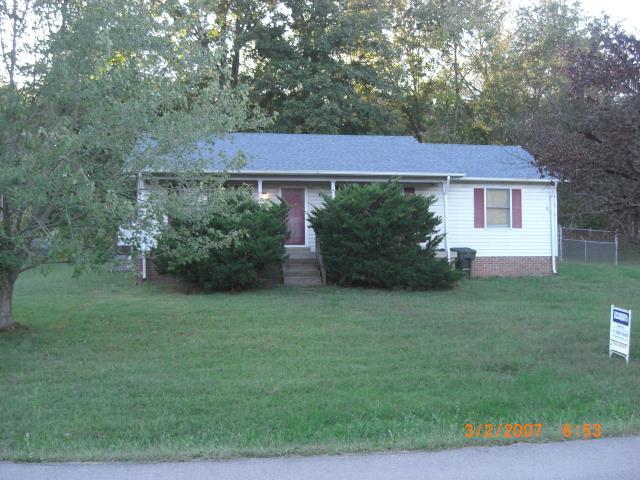 133 Cofer Dr, Springfield, TN 37172