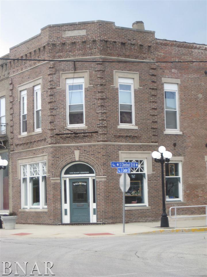 122 E Center, Leroy, IL 61752