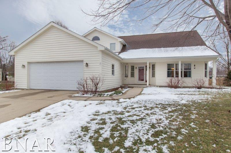 1625 Ensign, Normal, IL 61761