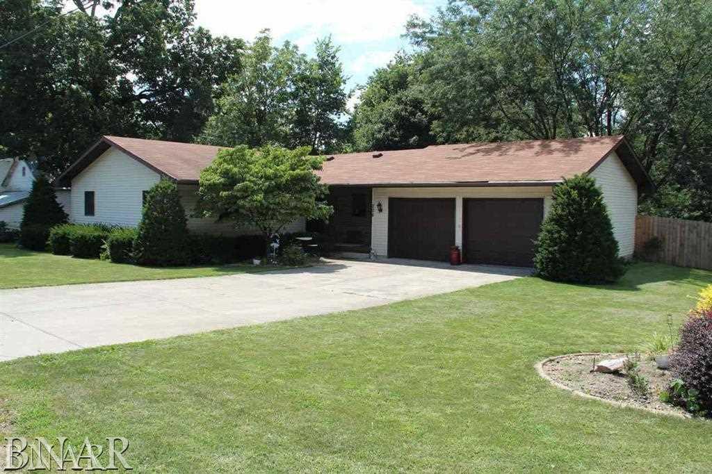 208 N Washington, Saybrook, IL 61770