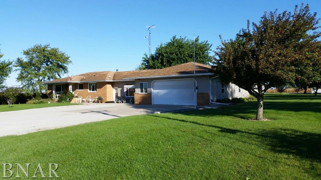 29109 E 1000 North Rd, Forrest, IL 61741