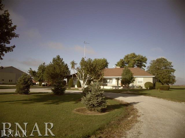 9611 N 1700 east road, Chenoa, IL 61726