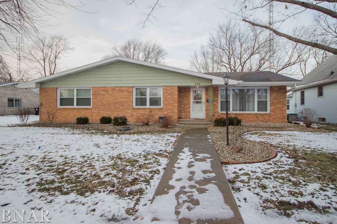 106 E Warren, Leroy, IL 61752