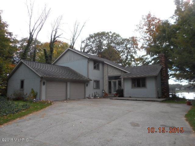 570 Ranch Drive, Norton Shores, MI 49441