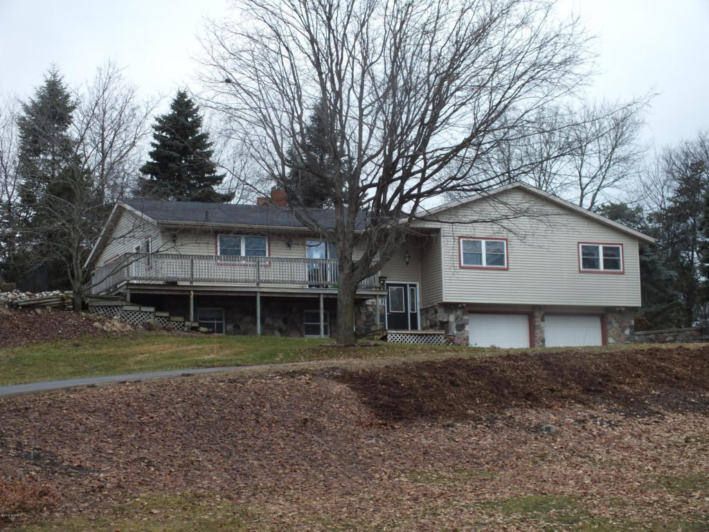 571 N 88th Avenue, Hart, MI 49420