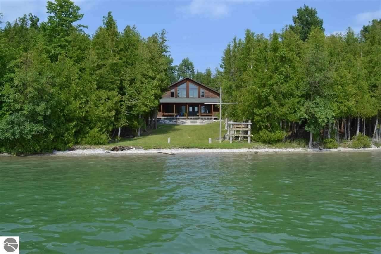 17934 Brown Island, Presque Isle, MI 49777