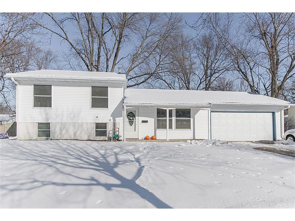 5642 Plainview Drive NW, Cedar Rapids, IA 52405