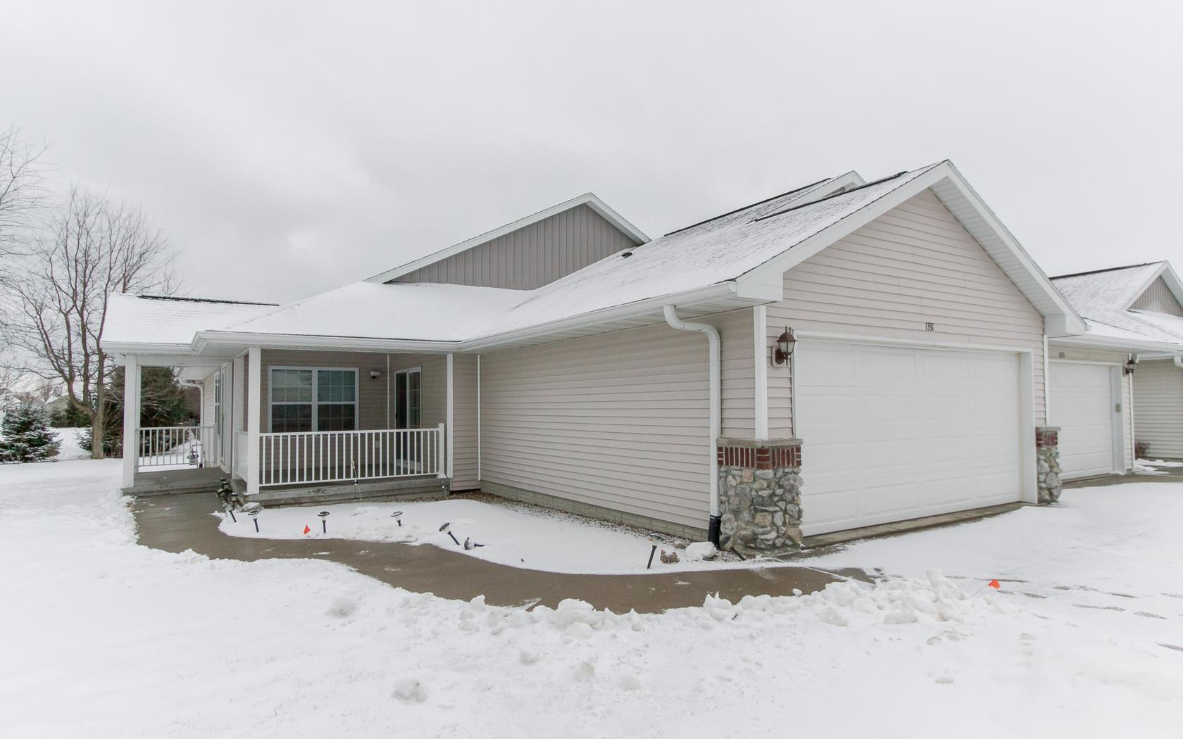 1331 Crescent View Drive NE, Cedar Rapids, IA 52402