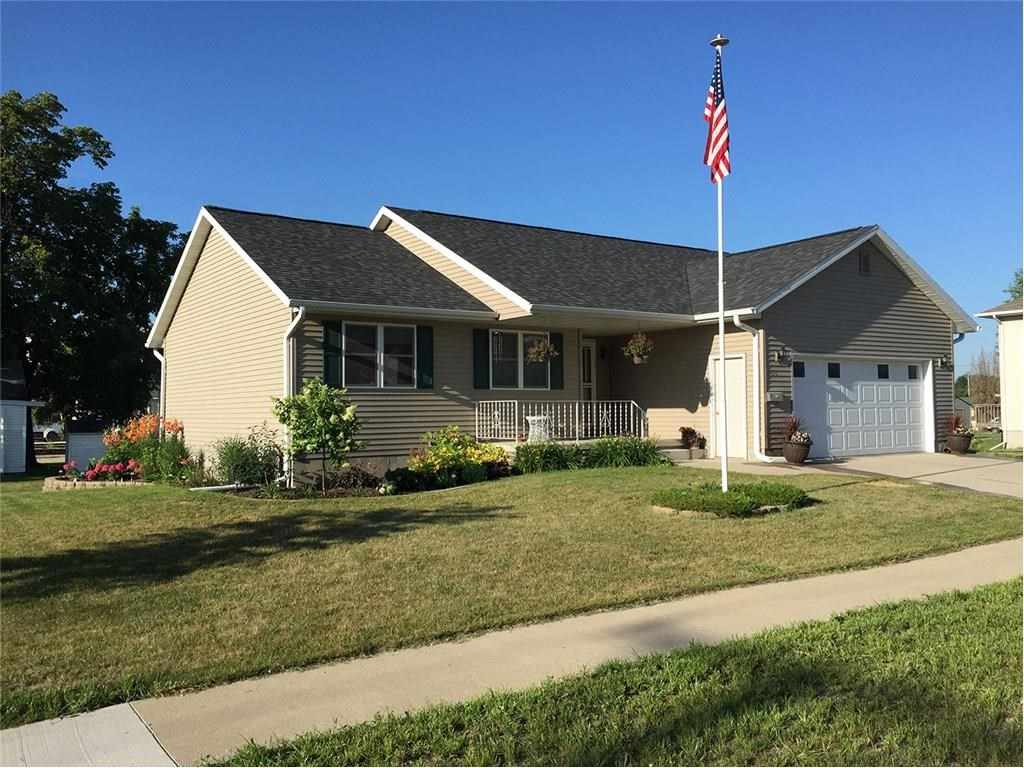 300 W Marion Street, Manchester, IA 52057
