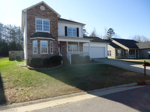 858 Winterside Lane, Winston Salem, NC 27107