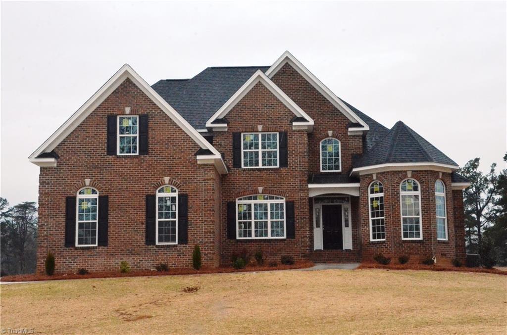 4896 Forest Oaks Drive, Greensboro, NC 27406