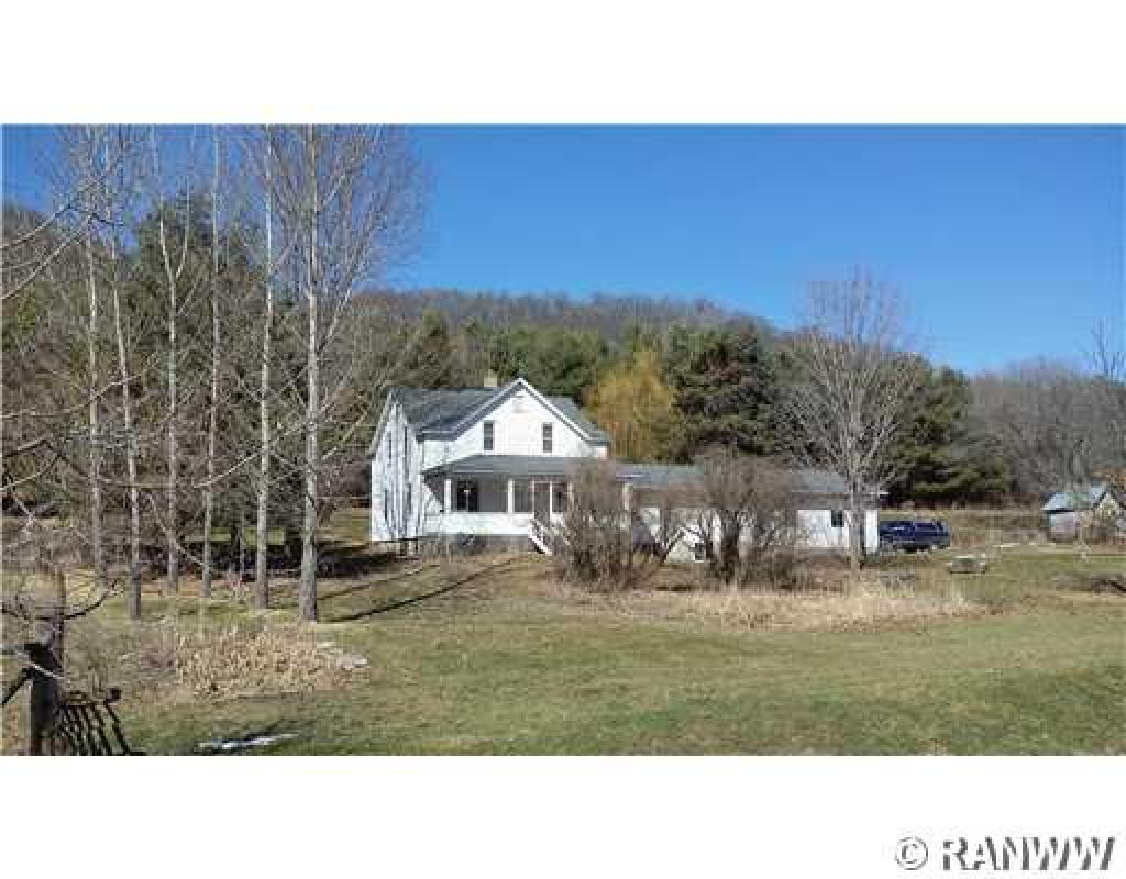 S635  Hwy VV, Nelson, WI 54756