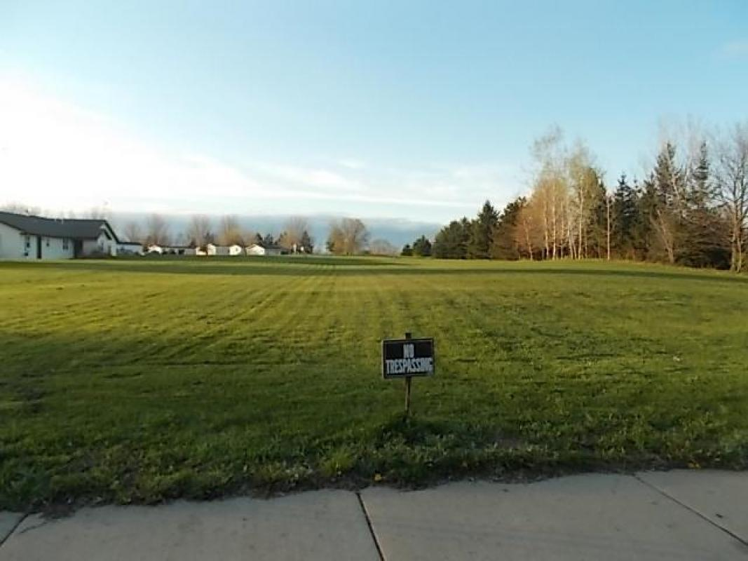 Out Lot #1 W MANN STREET, Marshfield, WI 54449