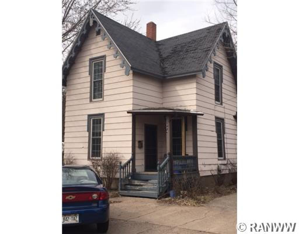 324  Summit Ave, Eau Claire, WI 54701