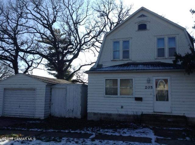 205 Lake Street E, Emmons, MN 56029