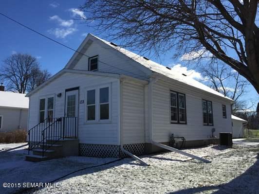 133 E Mckinley Street, Owatonna, Minnesota 55060