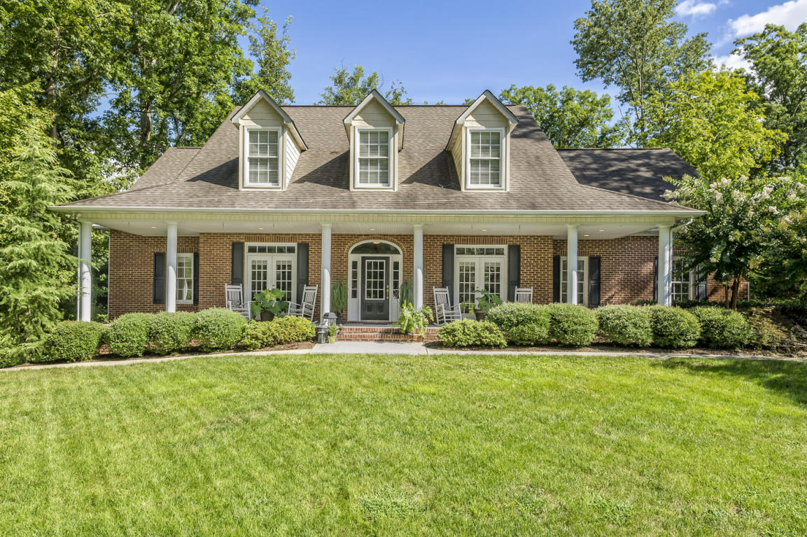 132 Center Park Lane, Oak Ridge, TN 37830