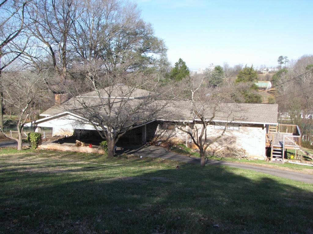 131 Helenwood Drive, Rockford, TN 37853