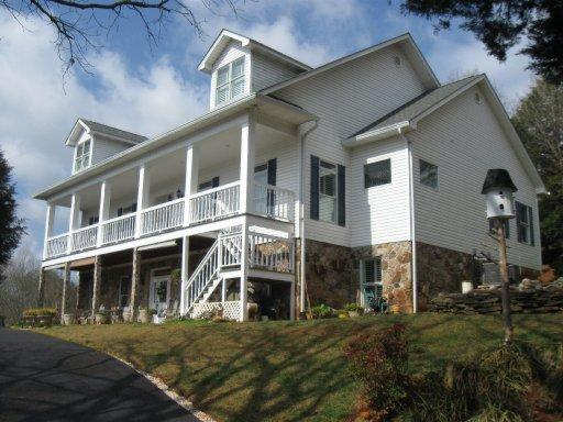 457 Lakeside Rd, Vonore, TN 37885