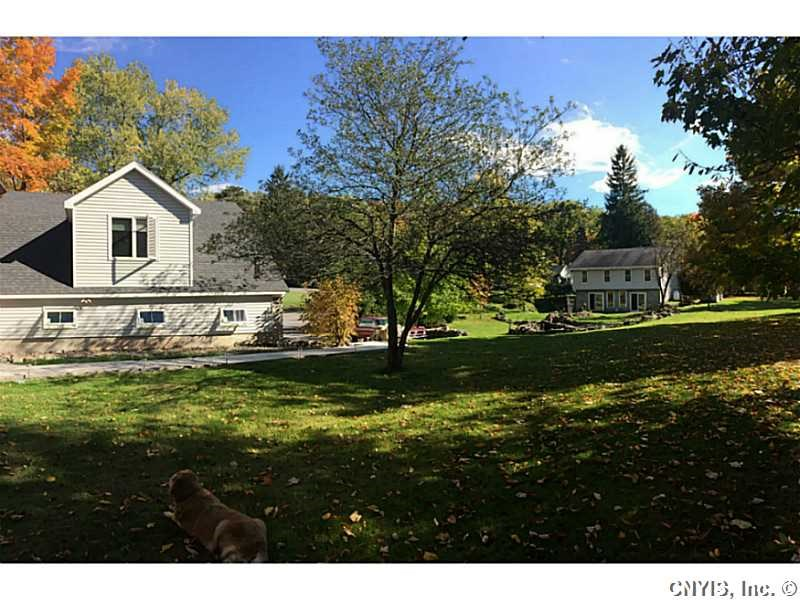 6324 E Hill Rd, Stockbridge, NY 13409
