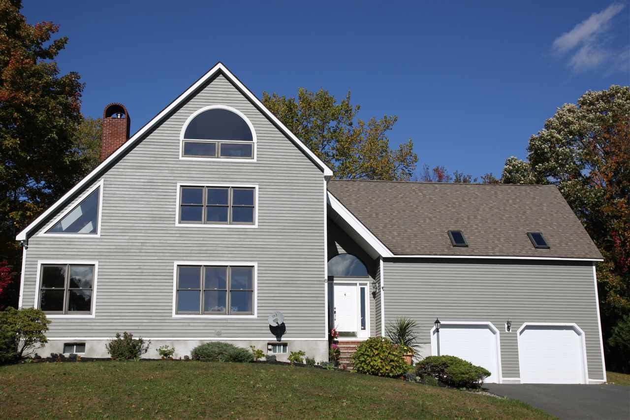 8 NORTHSTAR DR, Troy, NY 12180-8149