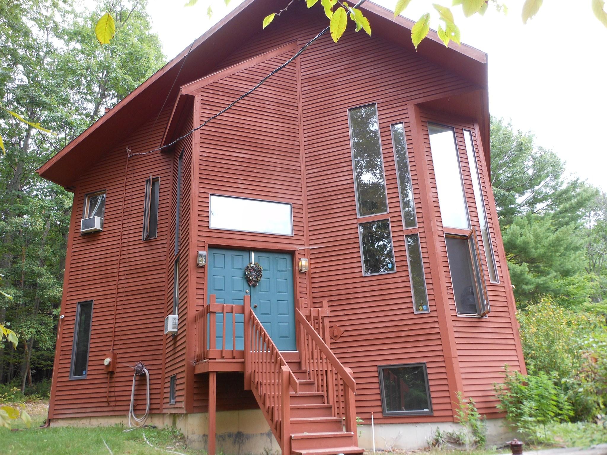 19 SMITH HILL RD, Troy, NY 12180