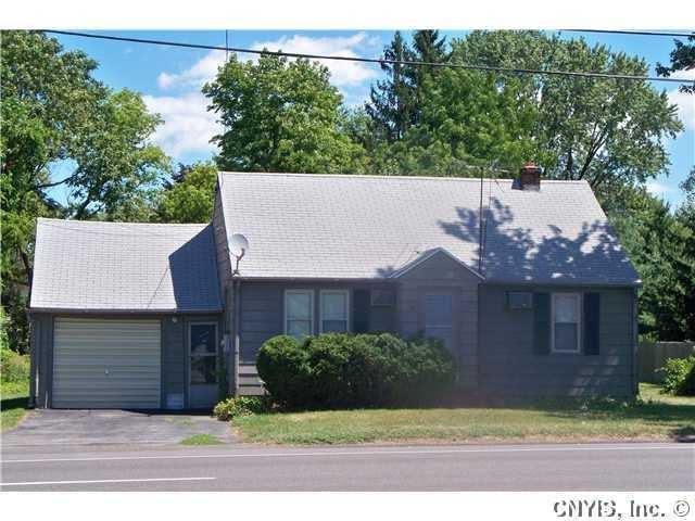 7514 Oswego Rd, Clay, NY 13090
