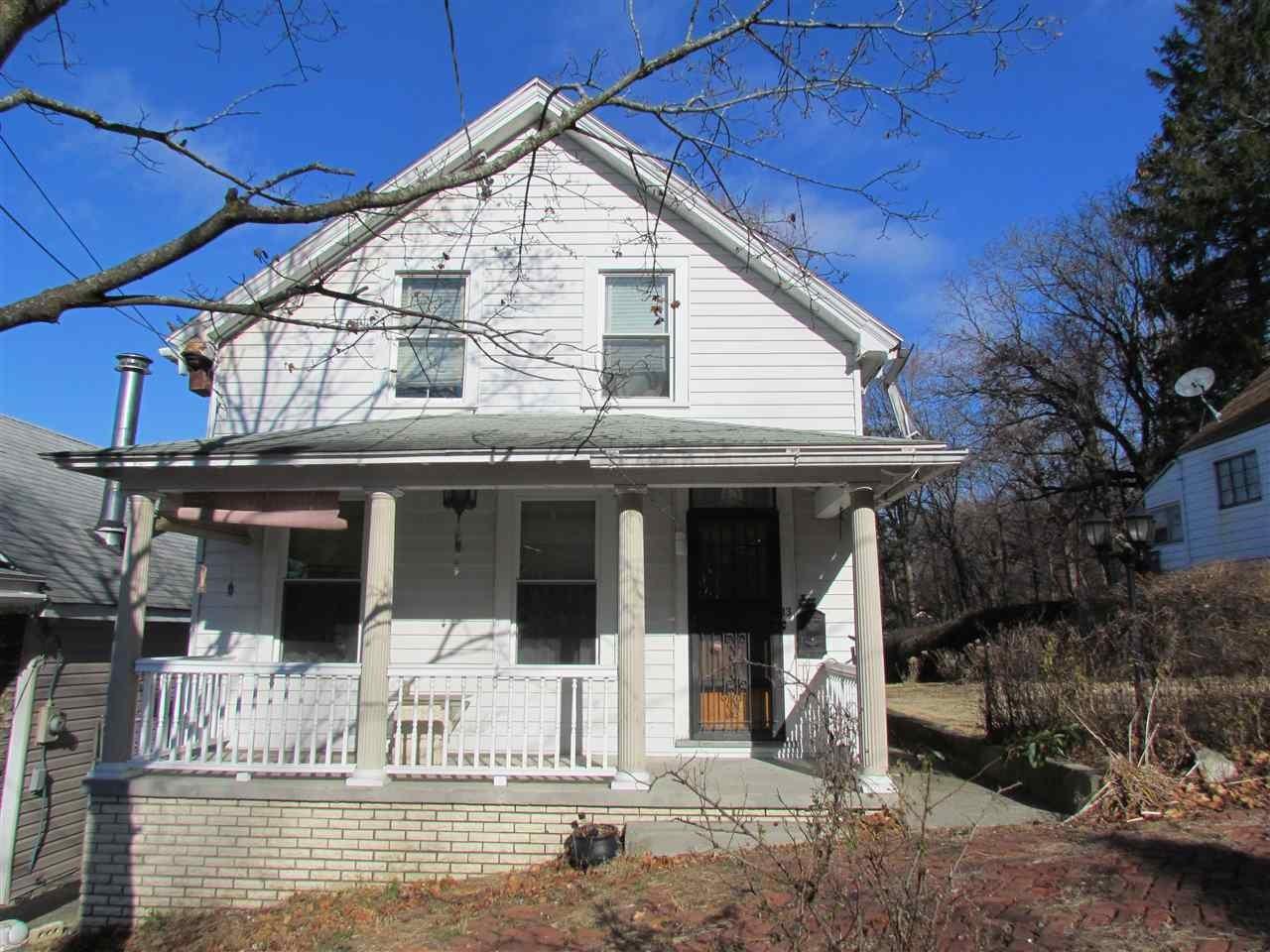 13 HOUSE AV, Troy, NY 12180