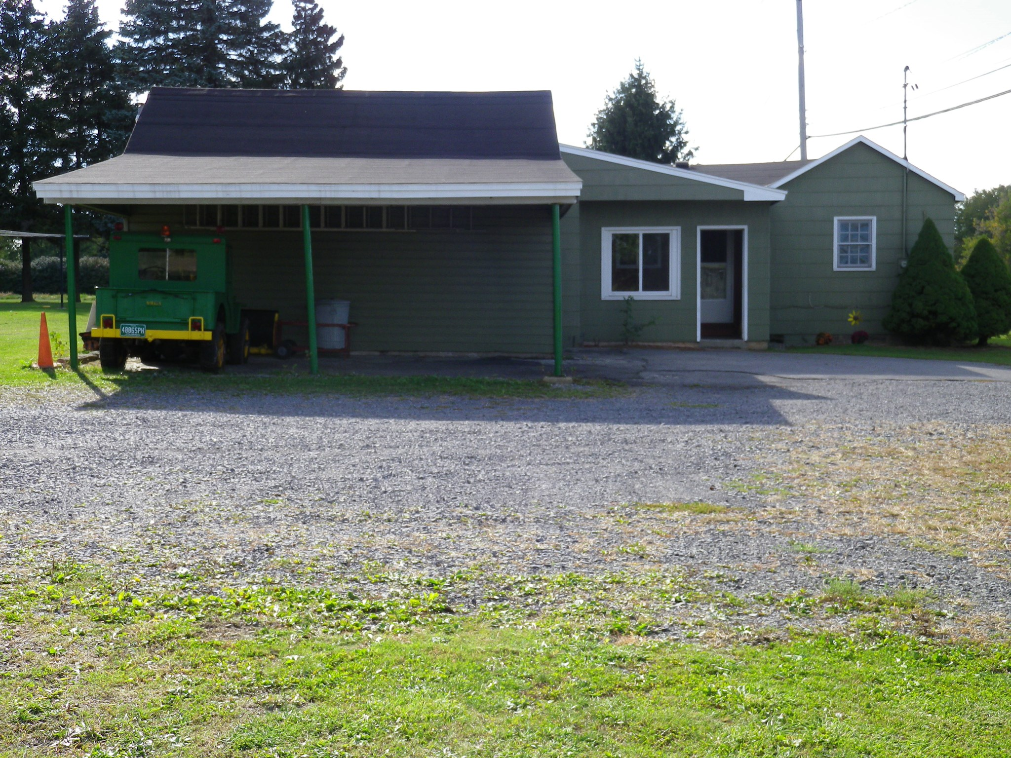 3552 State Route 31, Clay, NY 13027