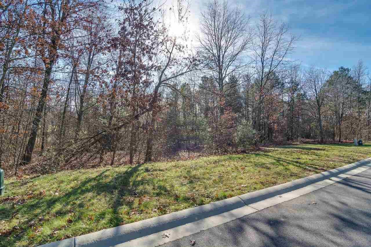 22254 Red Rock Way, South Bend, IN 46628