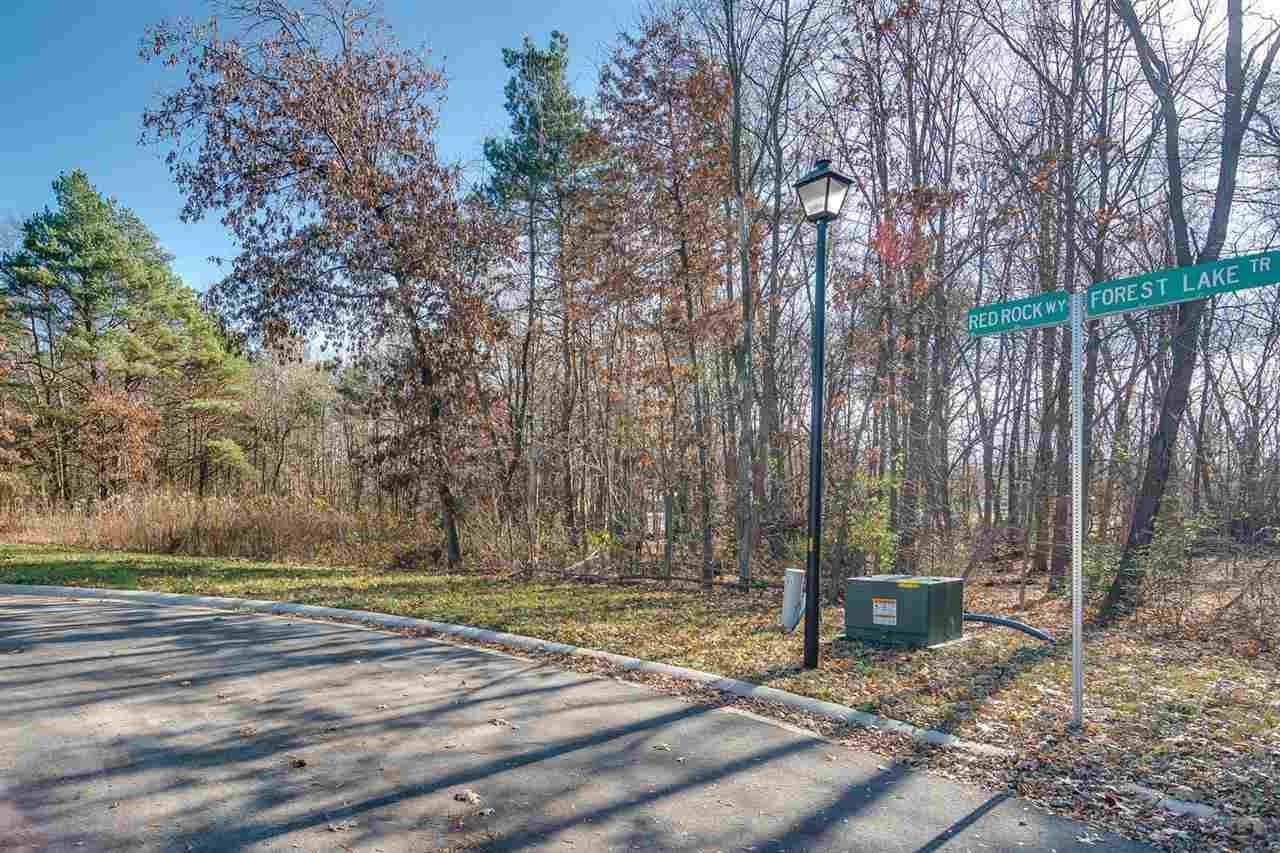 22294 Red Rock Way, South Bend, IN 46628
